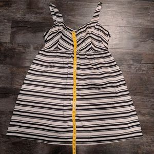 Motherhood Maternity dress size large.